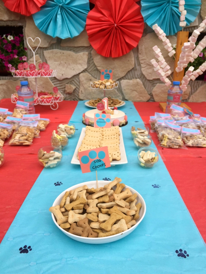 Dog Party Dessert Table1