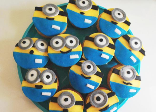Minions cupcakes