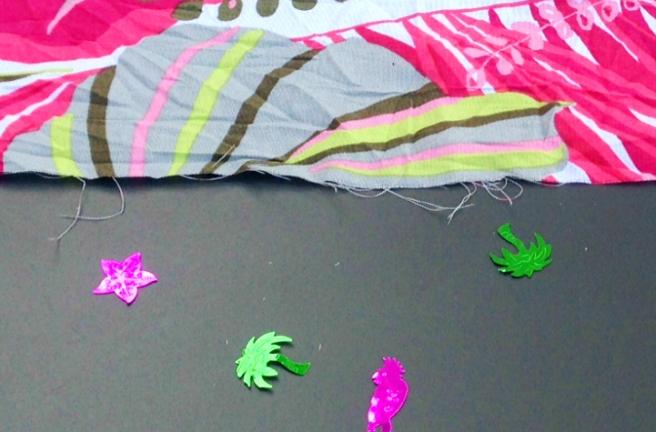 Beach party confetti