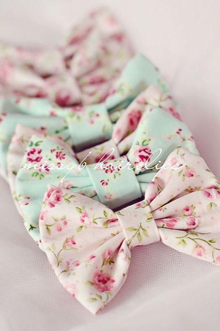 Bow flowers print