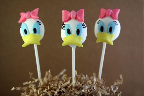 Disney Characters Popcakes Daisy