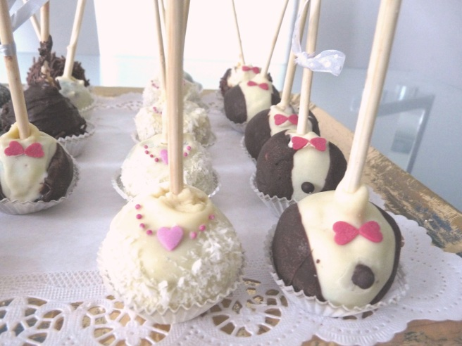 Bride and Groom Pop cakes