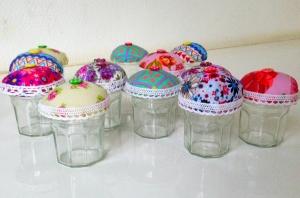 small cupcakes