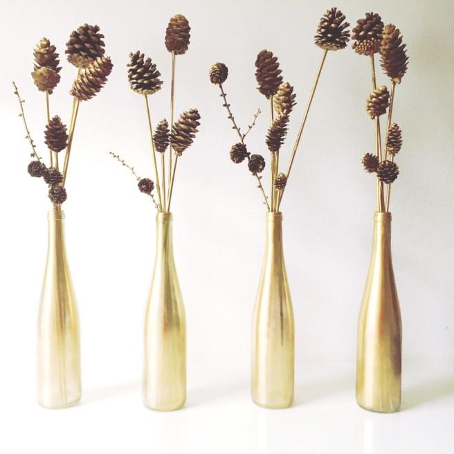 golden vases christmas