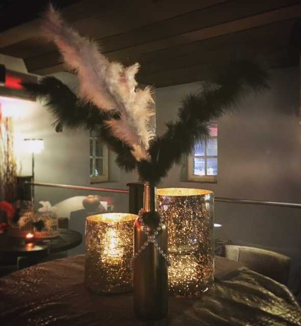1920's party decorations