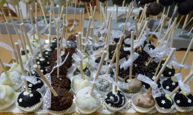 Wedding Pop cakes