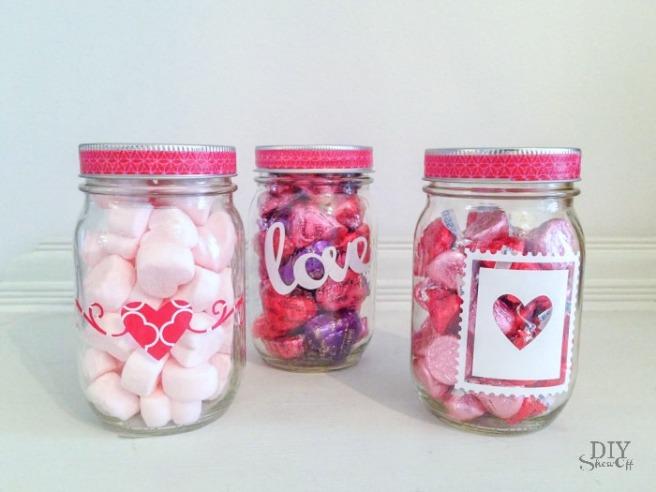 Valentines-Day-mason-jar-gift