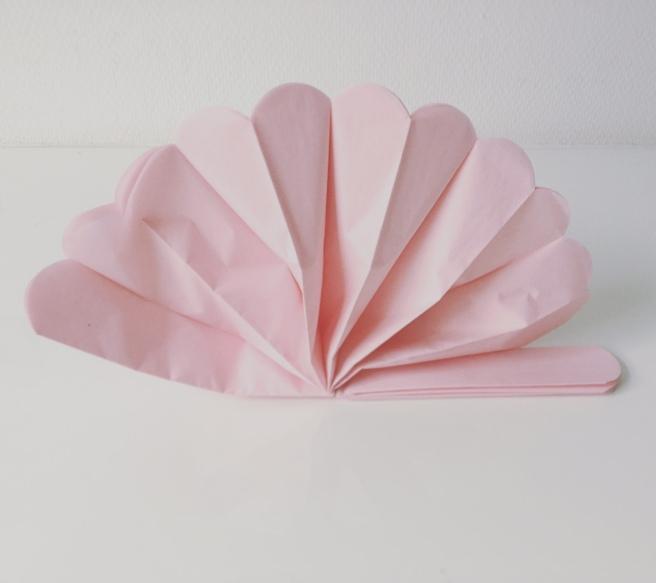 diy pom poms pink