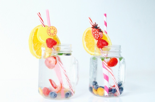 Fruity ICe Cubes Drink