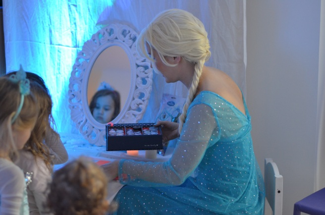 frozen-party-11