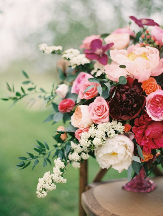 Winter Wedding Flowers.jpg
