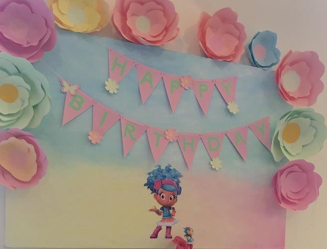 Luna Petunia Party 18